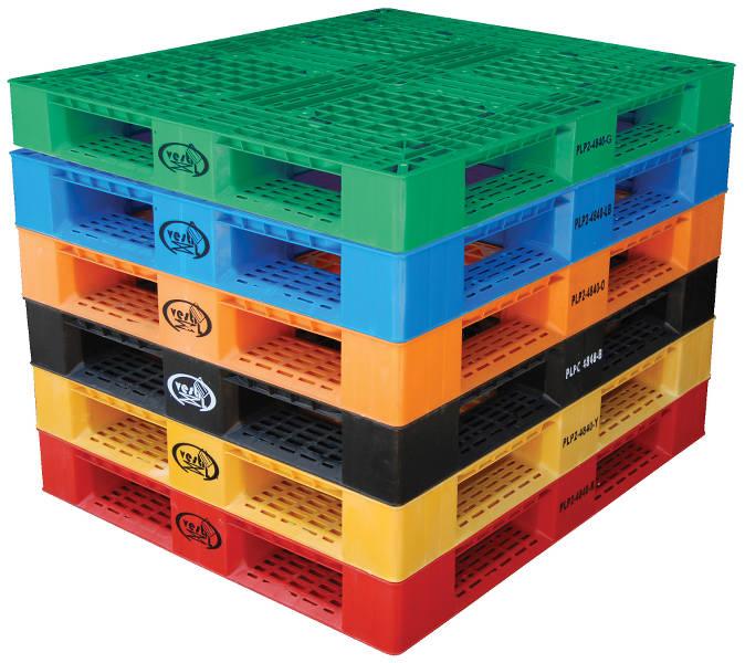 plastpallar i olika färger